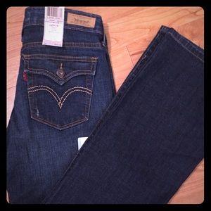 NWT Levi's Sz 8 Short 545 Boot Cut Jeans
